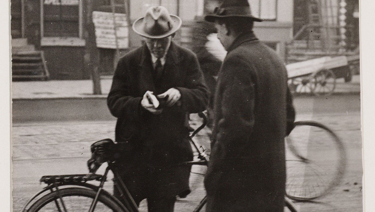 24 april 1941. Afschaffing fietsbelasting in Amsterdam